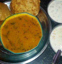 Bedmi Puri with Potato Gravy Recipe