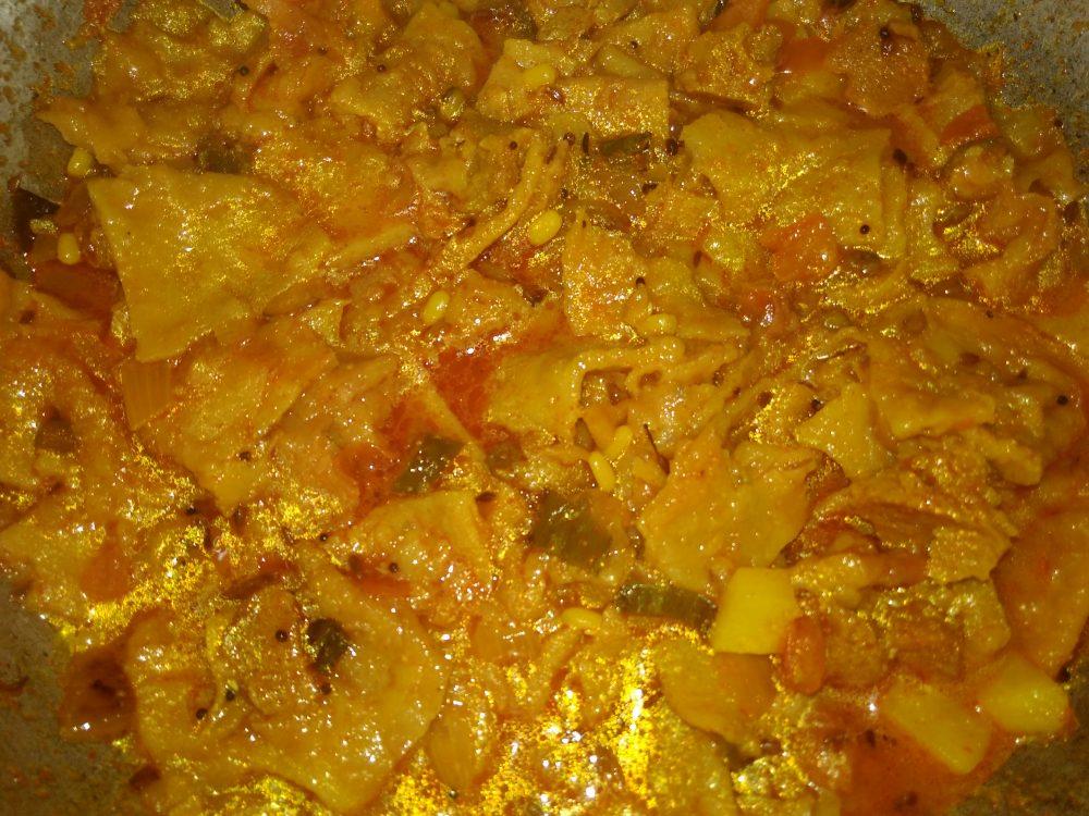 Leftover Poori ki Khichdi Recipe