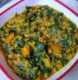 Palak Moong-Mogar ka Saag Recipe