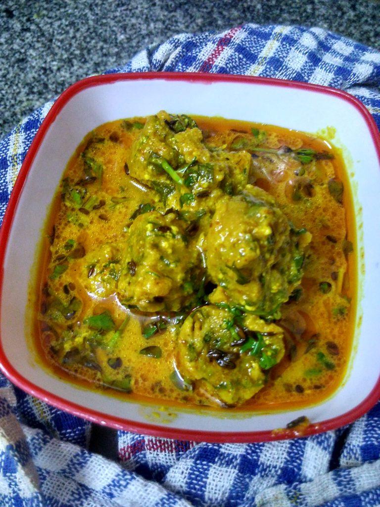 Rajasthani Palak/Spinach ke Gatte ki Sabzi Recipe