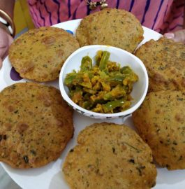 Methi Pooris Recipe