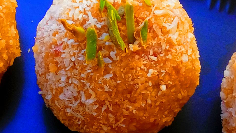 Carrot Coconut Dilbahar Ladoo Recipe