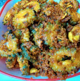 Karele/Bittergourd ki Besan wali Sabzi Recipe