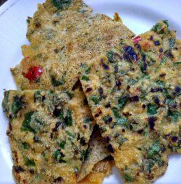 Green Veggie Suji Besan Uttapam Recipe