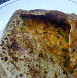 Green Coriander/Dhania Paratha Recipe