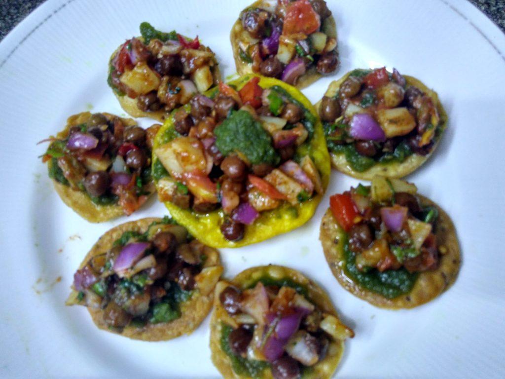Paapdi Mathri Chaat Recipe