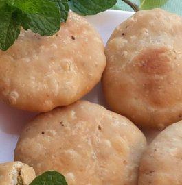 Matar (Peas) ki Khasta Kachori Recipe