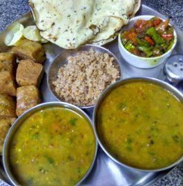 Daal, Baafla Baati, Choorma With Mirchi Ka Koota Recipe