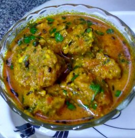 Carrot Spinach ke Gatte ki Sabzi Recipe