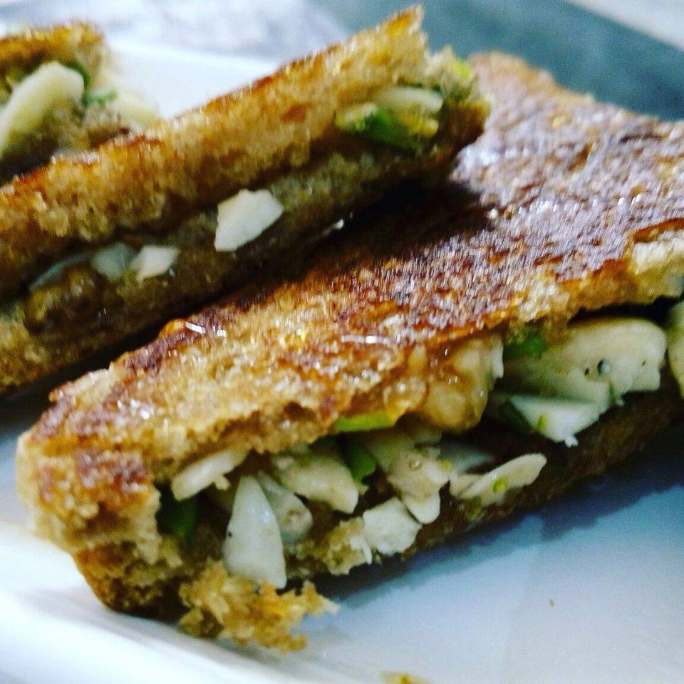 Dry Nuts Honey Sandwich Recipe
