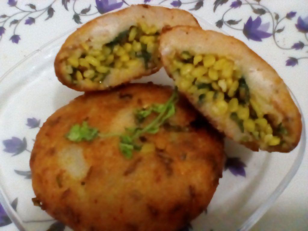 Moong Stuffed Bread Tikki Recipe