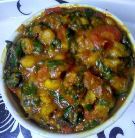 Carrot Spinach Chana Dal Ka Saag Recipe