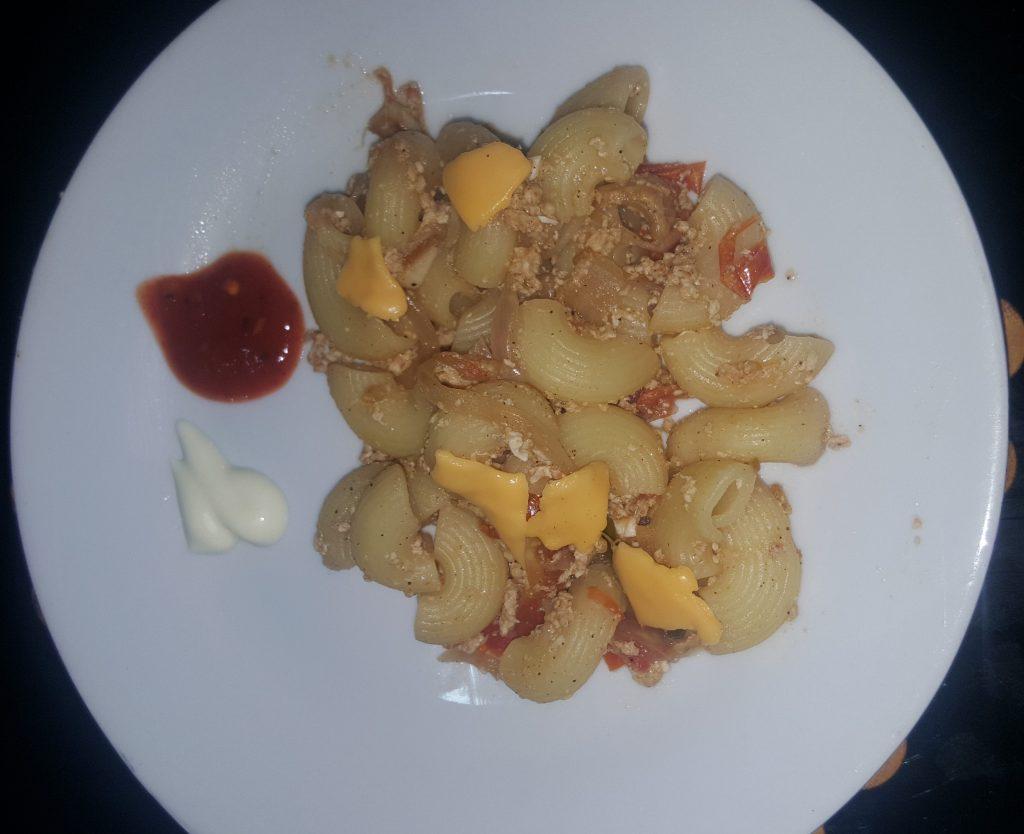 Cheesy Veggies Macaroni Recipe