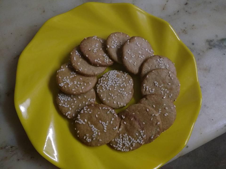 Wheat Flour Sesame Seed Biscuits - Yummy Bite