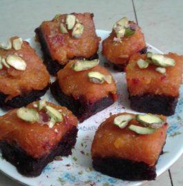 Beetroot-Papaya Barfi - Yummy Dessert