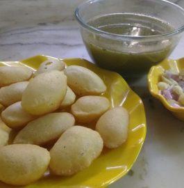 Sooji ke Batashe/ Golgappe - Yummy Snacks!