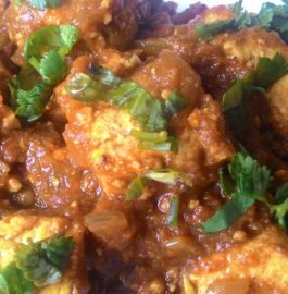 Achari Paneer Gravy - Rich Curry!