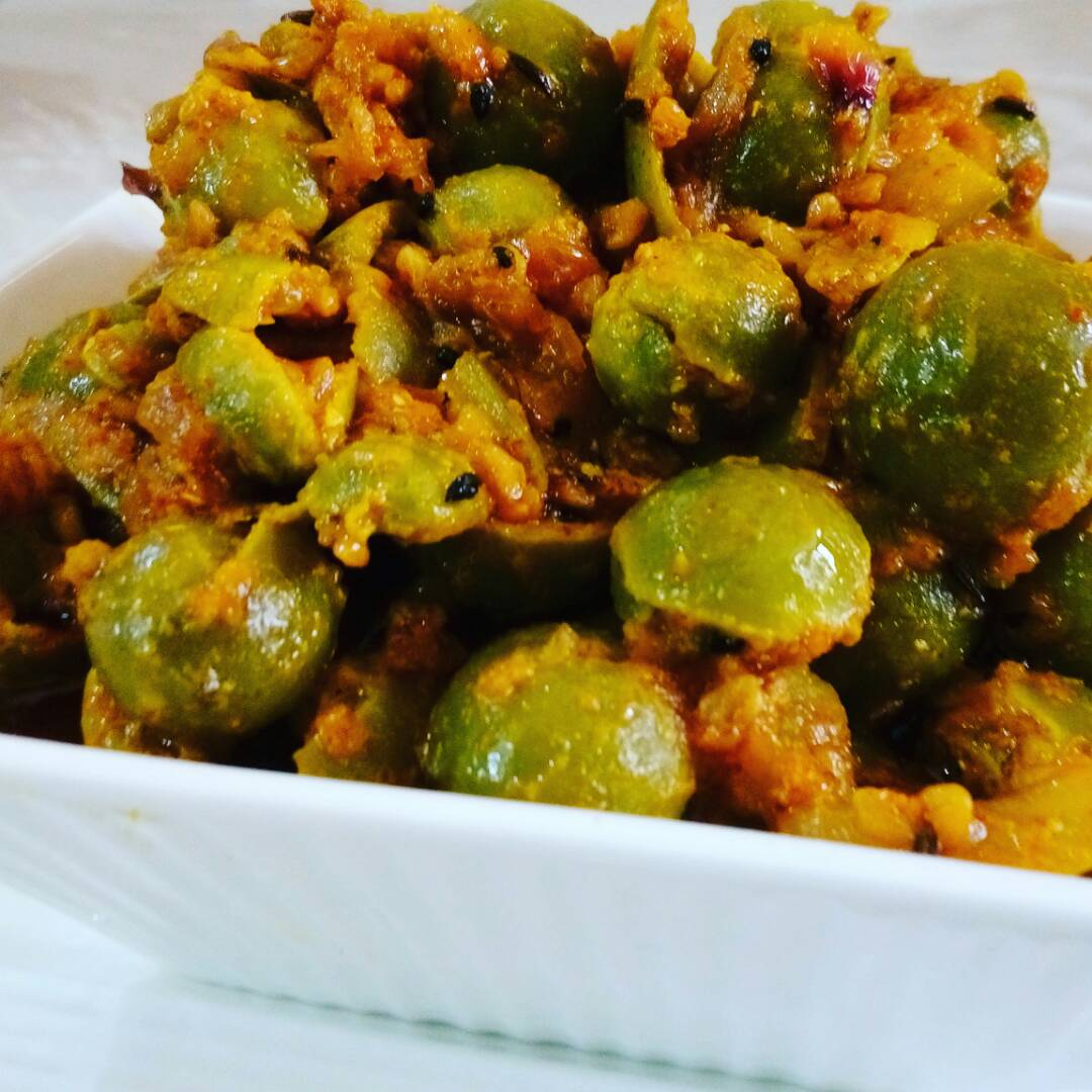 Danamethi Gonde Ki Achaari Sabzi Recipe