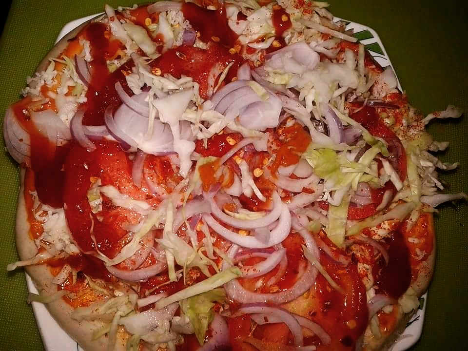 Tomato Pizza In Indian Style - Yummy Meal