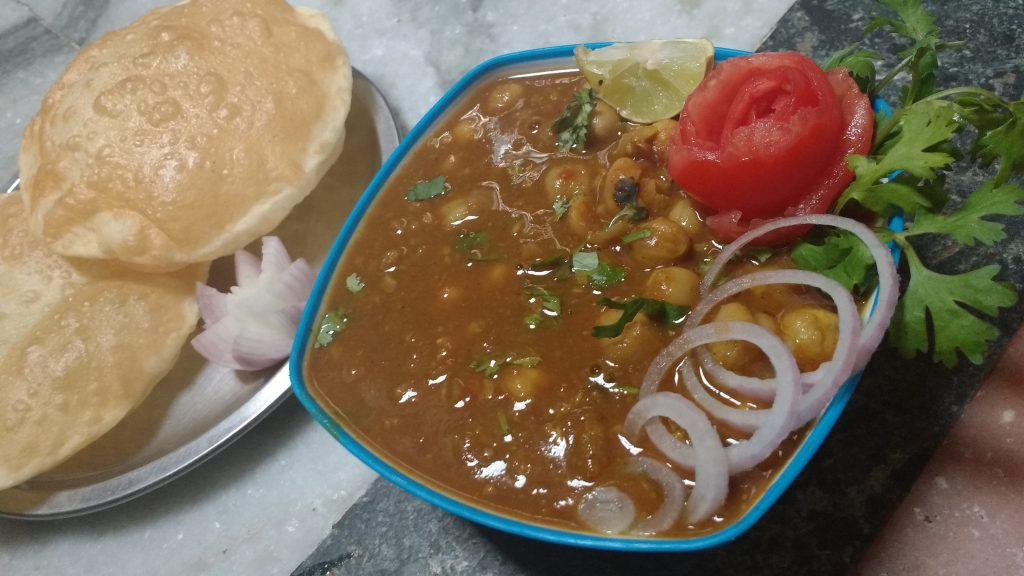 Chole Bhatoore Recipe