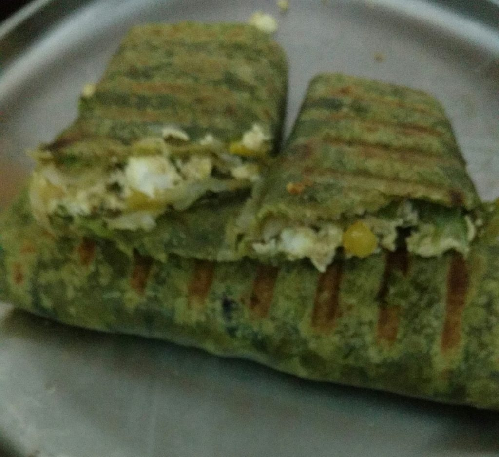 Breakfast Wrap Recipe With Spinach & Paneer