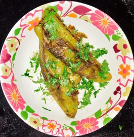 Stuffed Green Chili/Bharleli Mirchi Recipe