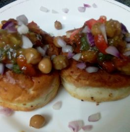 Burger With Chole Chaat Recipe