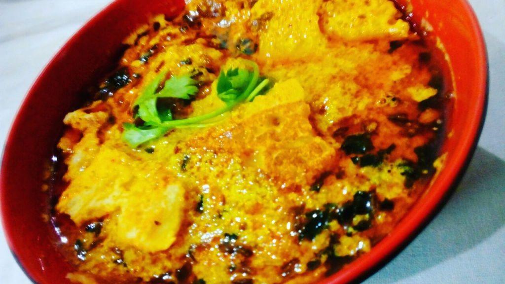 Besan Ke Cheeley Ki Curry Recipe