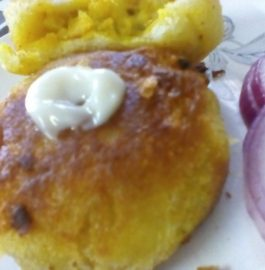 Stuffed Bread Pakoda Recipe