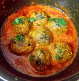 Palak Paneer Kofta Curry Recipe