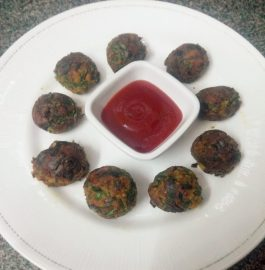 Spring Onion And Spinach Fritters Recipe