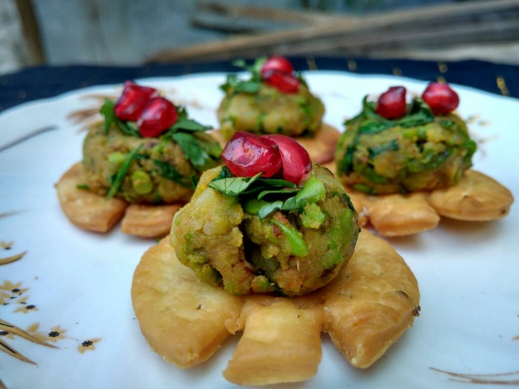 Papri Aloo Chaat Recipe