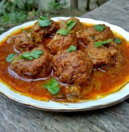 Cabbage Kofta Curry Recipe