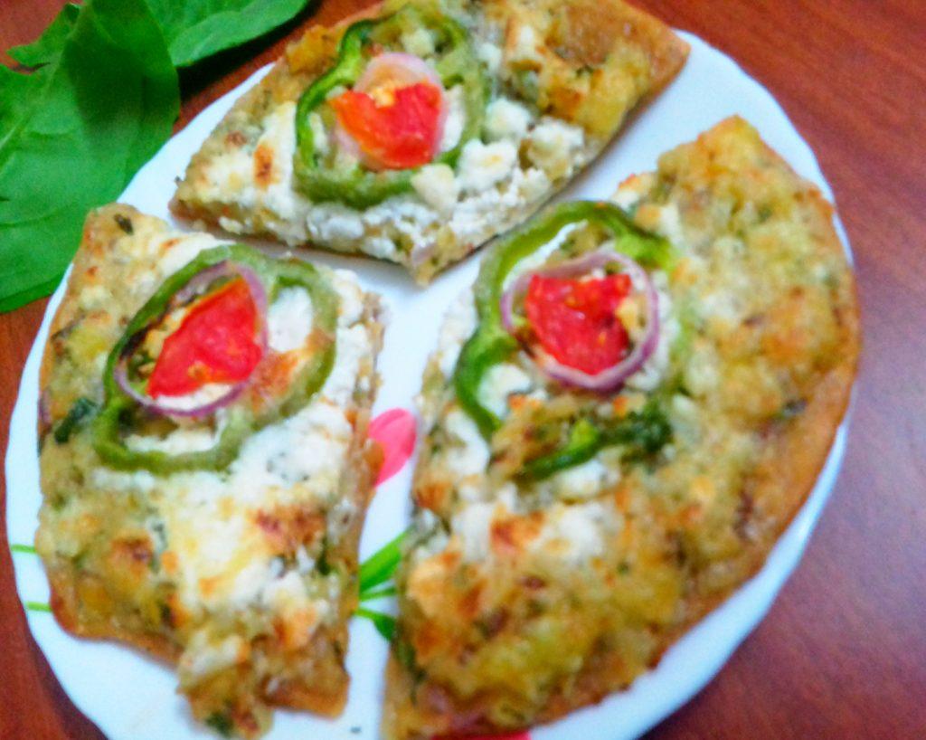 Aloo Paratha Pizza Recipe