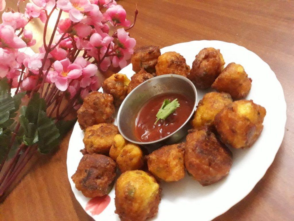 Urad Dal Pakoda Recipe