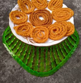 Rice flour Chakli/Murukku Recipe
