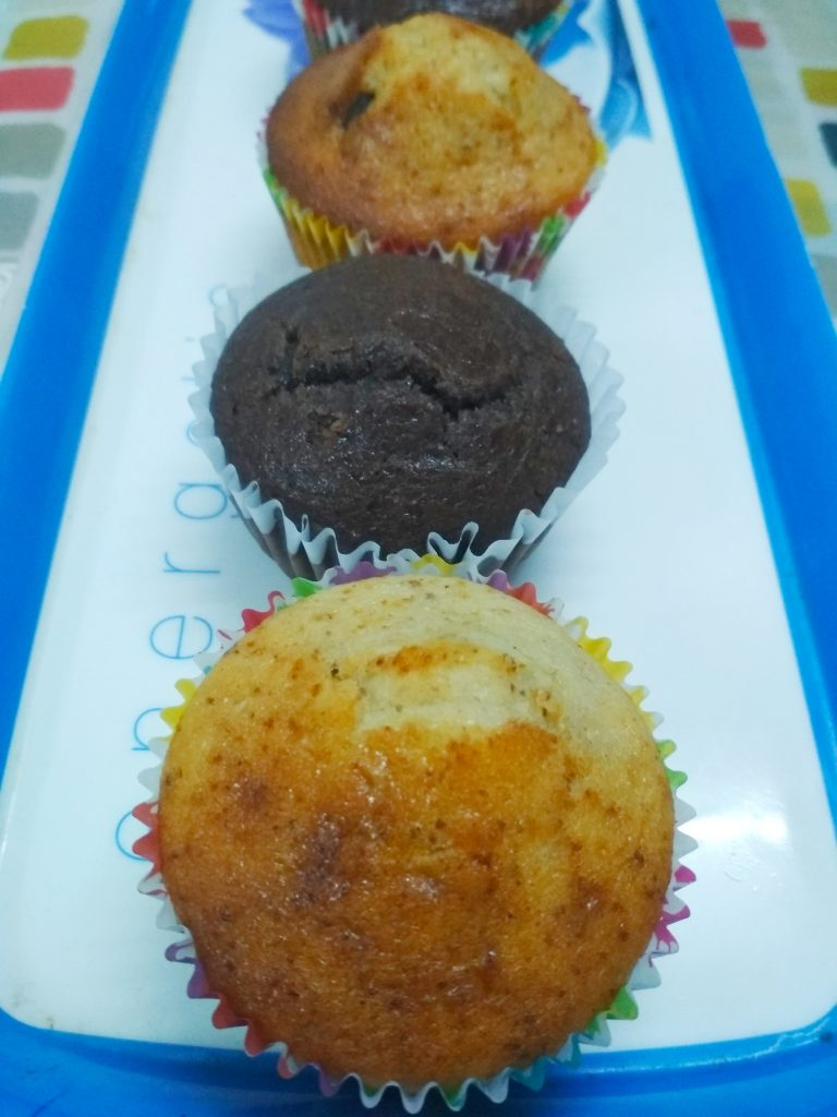 Chocolate Chip And Vanilla Muffins Recipe