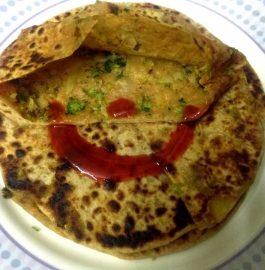 Aloo Broccoli Paratha Recipe