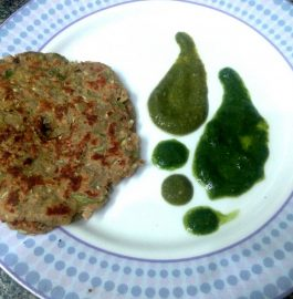 Farhali Lauki Thalipeeth Recipe