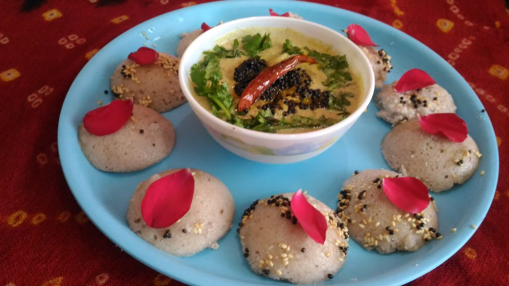 Khatti Meethi Rose Idli Recipe