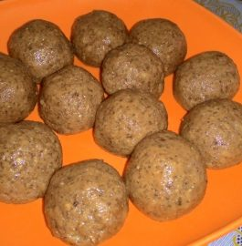 Dry Nuts And Atta Laddoo Recipe