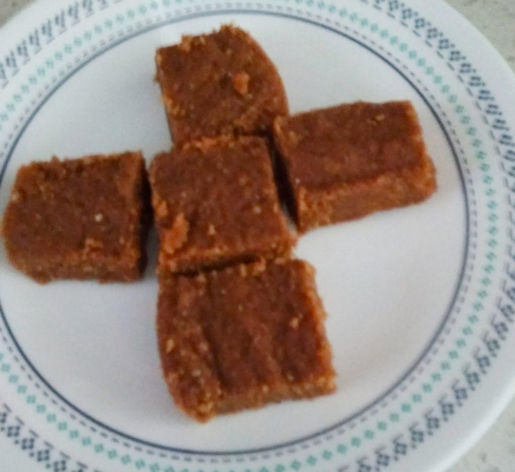 Gol Papdi | Sukhadi | Gujarat Famous Sweet Recipe