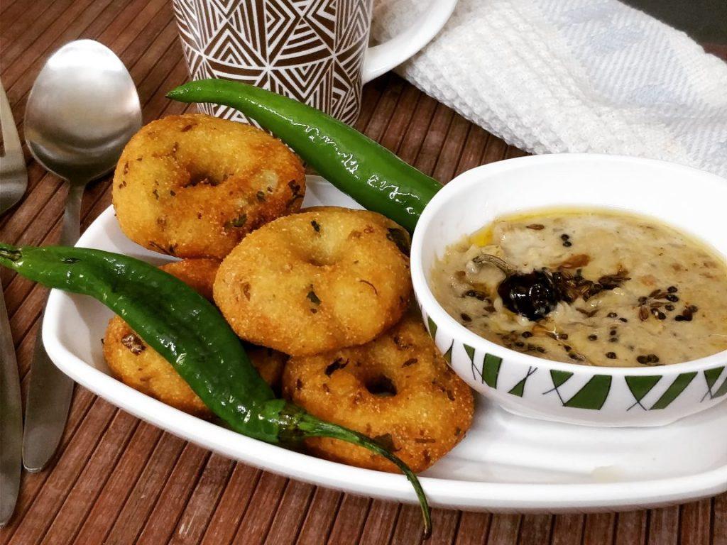 Instant Sooji Vada Recipe