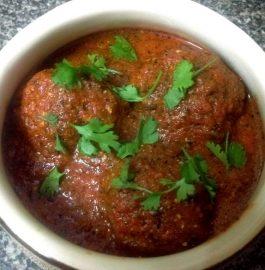 Cheese Stuffed Kofta Curry Recipe