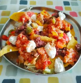 Nachos With Salsa And Sour Cream Recipe