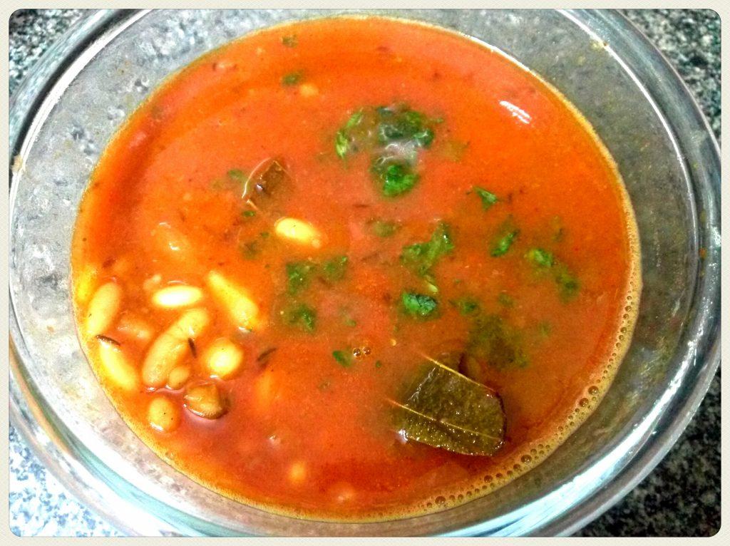 White Rajma And Plum Curry Recipe