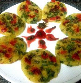 Kanchipuram Mini Sooji Uttapams Recipe