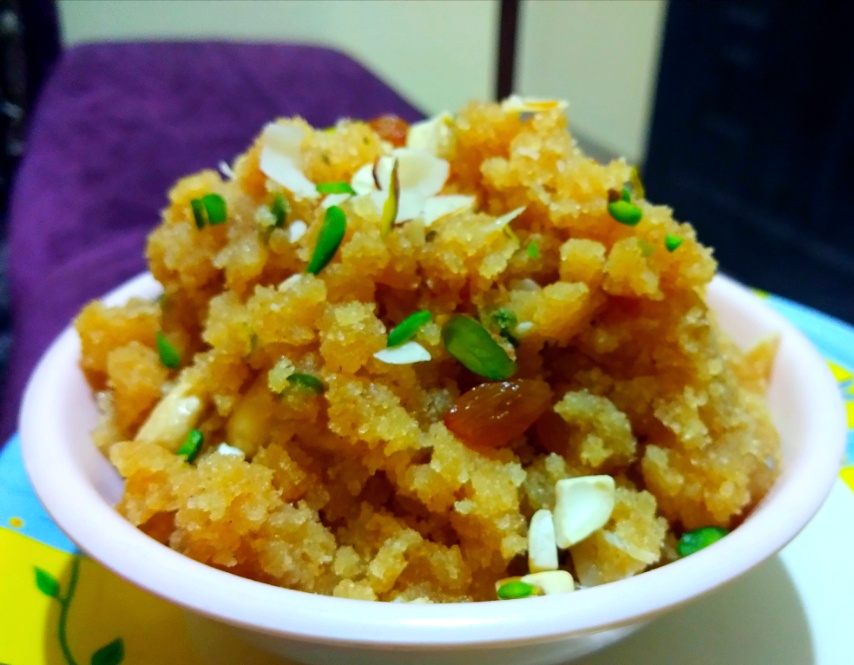 Suji Ka Halwa | Semolina Pudding Recipe