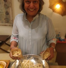 Jhalmuri - Kolkata Famous Snack Recipe