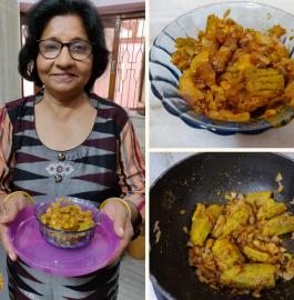 Pyaaz Ke Bharwa Karele Recipe